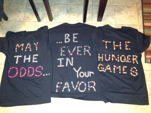 Using the Hunger Games premiere as another excuse to use rhinestones. TSM.